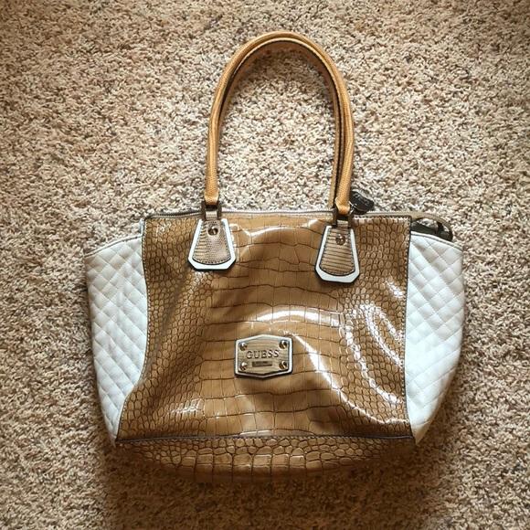 d662d693d883 Cream and tan Guess handbag